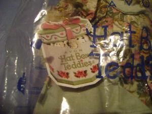 "AVON Hat Box Teddies Collectible Bear ""Emma"" - BRAND NEW & MINT! London Ontario image 5"