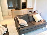 Nr Salford Quays - Newly Refurbished Furnished 2 Bedroom / 2 Bathroom Apartment / Parking / Long Let