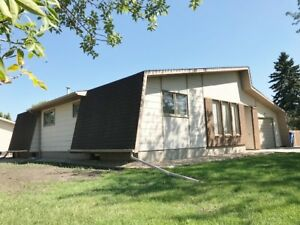 3 bedroom 3  bath home in nice area of Melfort!