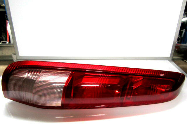 Genuine Nissan X Trail T30 S2 Right Hand Tail Light Ebay