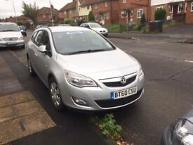 2011/60 Vauxhall Astra 1.7CDTi Estate 5 door,£30 road tax,60mpg,silver, slight damage, drive away
