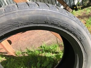 "4 Pneus d'hivers 18"" à vendre / 4 Winter tire 18"" for sale"