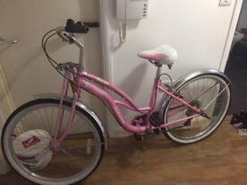 Ladies Schwinn Roxie Pink Cruiser - Hackney