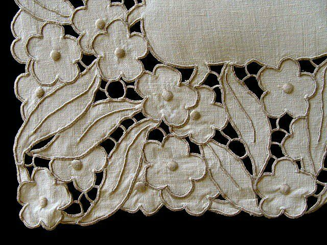 "AMAZING Vtg MADEIRA Linen Runner 43"" Hand Embroidered Richelieu Cutwork PRISTINE"