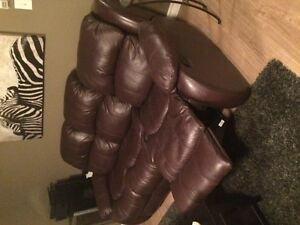 ♥ Brown Leather Couch ♥ $799 OBO Kitchener / Waterloo Kitchener Area image 3