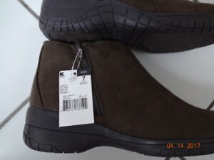 Brand New Never Used Winter / Shoes Women / Girls Shoes