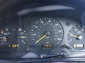 Black Mercedes ML 270 cdi . Good condition , service history, 10 months MOT.