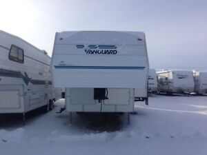 1998 VANGUARD Bunks, Slide. 26'
