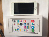 iPhone 5s de 16GB blanc avec Bell