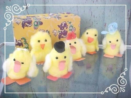 Adorable OOAK Handcrafted Soft Fuzzy 6 EASTER Chicks in Vintage Easter Candy Box