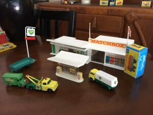 matchbox service station/ vehicles for sale or trade