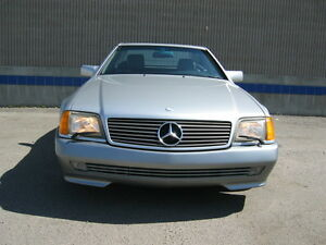 1992 500 SL Mercedes-Benz convertable with optional hard top