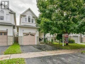 105 CHAREST PL Whitby, Ontario