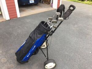 Mens RH Golf clubs, and cart