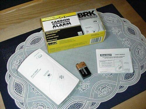 BRK CO604B Carbon Monoxide Alarm AC Powered / 9V Battery Bac