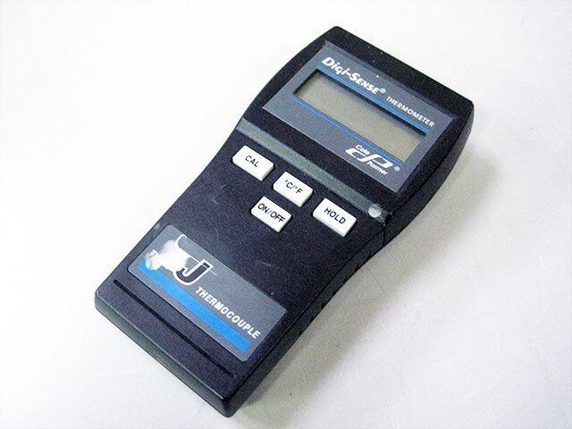 COLE PARMER 91100-00 DIGI-SENSE DIGITAL THERMOMETER TYPE J THERMOCOUPLE