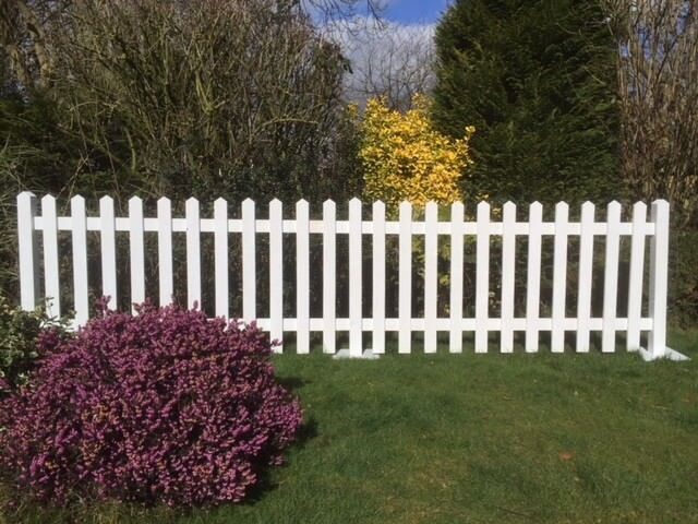 Frodsham Gates And Fencing