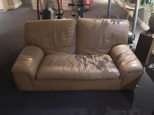 Causeuse en cuire - Leather Couch - Roche Bobois