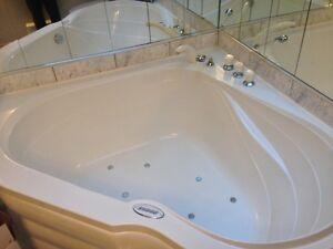 MUST SELL - BATH- BAIN THERAPEUTIQUE- new price !!!