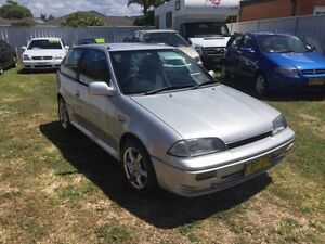 1998 Suzuki Swift Cino Silver 5 Speed Manual Hatchback Belmont Lake Macquarie Area Preview