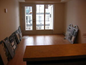 2 chambres dans HOMA Beau condo metro Prefontaine epicerie ecole