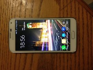 Samsung S5 - Excellent Condition - Bell