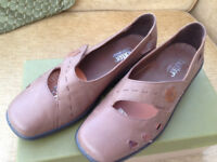 Ladies Hotter Beige Shoes. Never worn