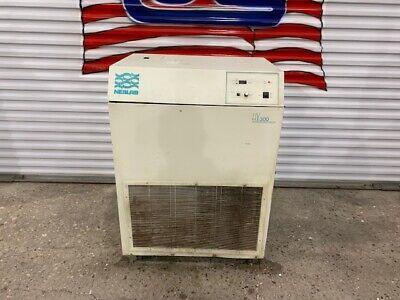 Neslab Hx-300 Refrigerated Recirculating Chiller 440-480v 10.1 Amp 60hz 3 Phase