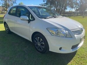 2010 Toyota Corolla ZRE152R MY10 Ascent White 4 Speed Automatic Hatchback Tuggerah Wyong Area Preview