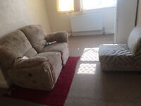 Single & Double Rooms available to Let - Very Clean and Tidy