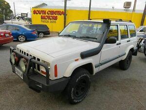 1999 Jeep Cherokee XJ Sport (4x4) White 4 Speed Automatic 4x4 Wagon Reynella Morphett Vale Area Preview