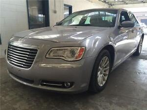 2014 Chrysler 300 Touring-FULL-AUTOMATIQUE-MAGS-CUIR
