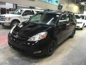 2008 Toyota Sienna LE DVD Player! Leather! Nav! Power Tailgate!