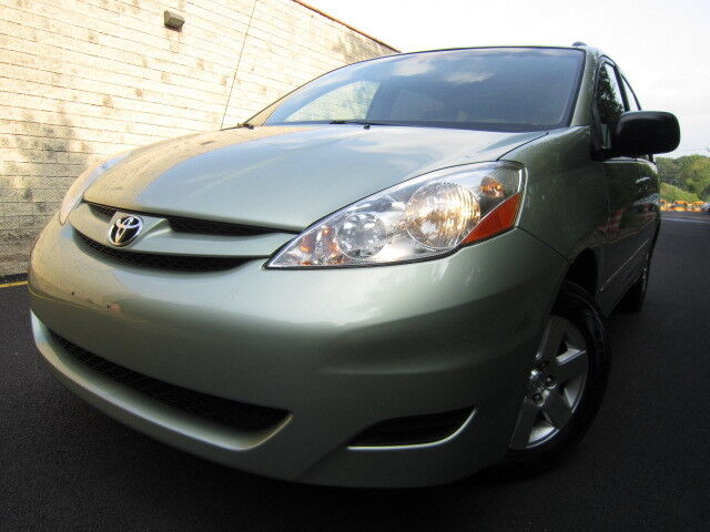 TOYOTA SIENNA LE SERVICE RECORDS POWER SLIDING DOORS NO ACCIDENTS NO RESERVE