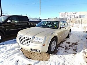 2010 Chrysler 300 Touring Low Kms Leather
