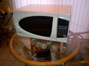 Microwave Oven, Designer Series by Danby