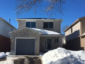 SE Barrie, Legal duplex, 3 bdrm, utilities included, renos done
