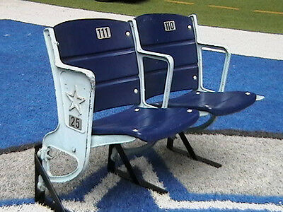 Texas Stadium collectible stadium seats - set of 2 - STAR LOGO RISER MOUNT
