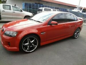 2006 Holden Commodore VE SV6 Orange 5 Speed Automatic Sedan Coopers Plains Brisbane South West Preview
