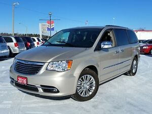 2016 Chrysler Town & Country Touring w/Leather