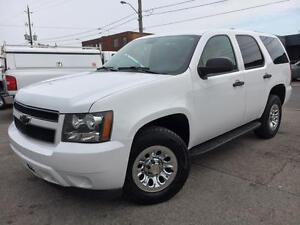 2011 Chevrolet Tahoe 4X4 **6 PASSENGERS**