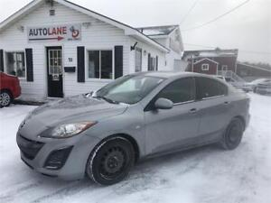 2010 Mazda 3 GX 5 Speed excellent condition Sporty Car!