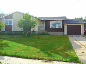 Move in Ready House in Fox Creek, AB