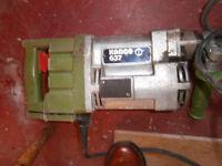 Kango 637 Jack Hammer with bits