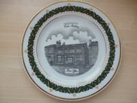 collector plates set of 6 with 18ct trim finish