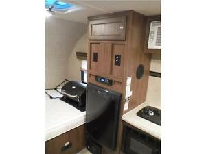2015 Palomini 150RBS Ultra Lite Travel Trailer with Slideout Stratford Kitchener Area image 8
