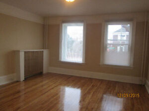 Bright 2 bedroom apartment for rent, UTILITIES INCLUDED
