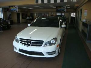 Mercedes-Benz C300 4Matic 2014 -4Matic-Cuir-Panoramique- a vendr