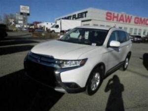 2017 Mitsubishi Outlander ES | Cloth | Backup Camera | Bluetooth