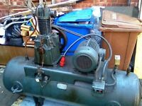 Industrial air compressor. Perfect working order buyer must collect